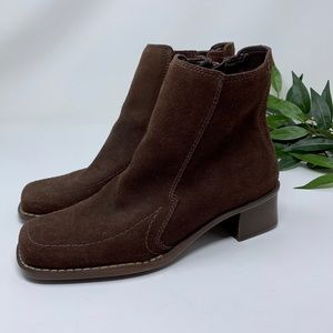 Aerosoles Brown Suede Block Heel Ankle Boot 7
